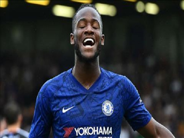Batshuayi lên tiếng chốt hạ tương lai của mình tại Chelsea