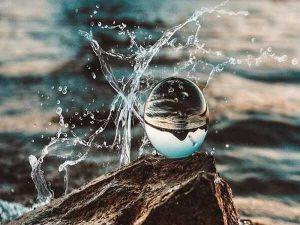 Giải mã giấc mơ thấy nước- mơ thấy nước điềm lành hay giữ